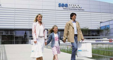 """Seemaxx Factory Outlet Center Radolfzell – das """"kleine"""" Shopping-Paradies"""
